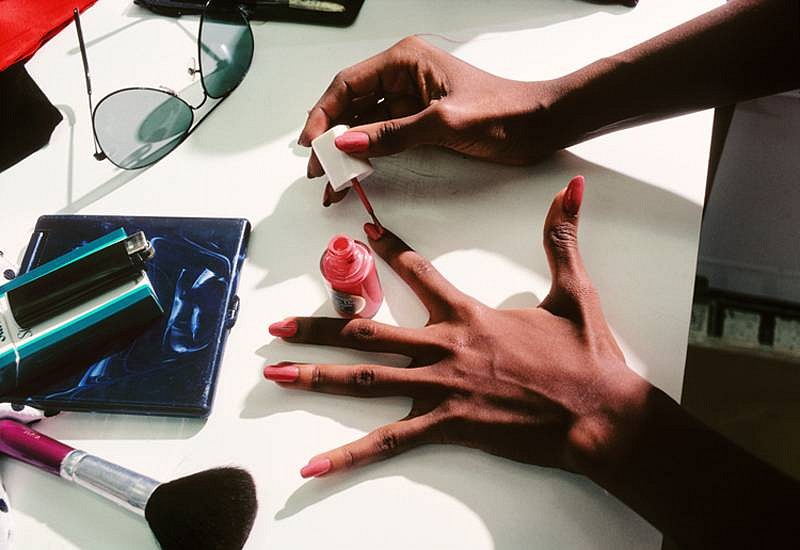Harry Benson ,   Iman's Hands, Edition of 35  ,  1982     photograph     HB120428