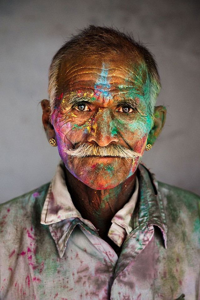 Steve McCurry, Man Covered in Powder, Rajasthan, India 2009, FujiFlex Crystal Archive Print