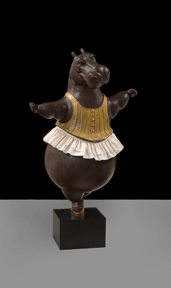 Bjorn Skaarup ,   Hippo Columbina, maquette, AP 2/3  ,  2019     bronze with fabric skirt     BS190405