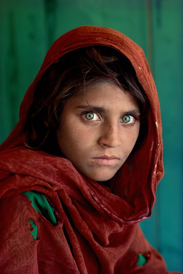 Steve McCurry ,   Afghan Girl, Peshawar, Pakistan  ,  1984     FujiFlex Crystal Archive Print ,  24 x 20 in.     AFGRL-10001