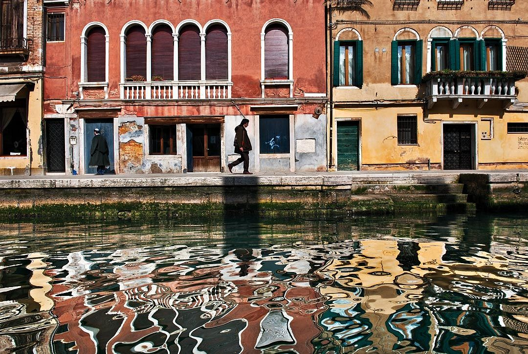 Steve McCurry ,   Venice Reflections, Italy  ,  2011     FujiFlex Crystal Archive Print ,  30 x 40 in.     ITALY-10077